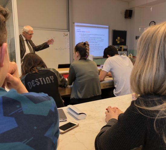 Nebojte se vědy 2018 aneb akademici přednáší našim studentům