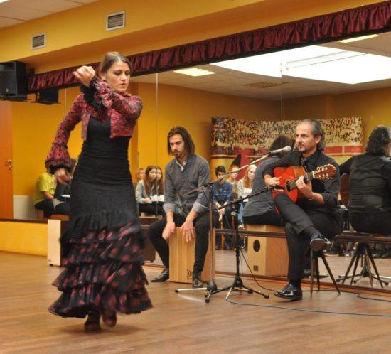 Flamenco, tapas adalší zážitky studentů na španělském workshopu vPraze