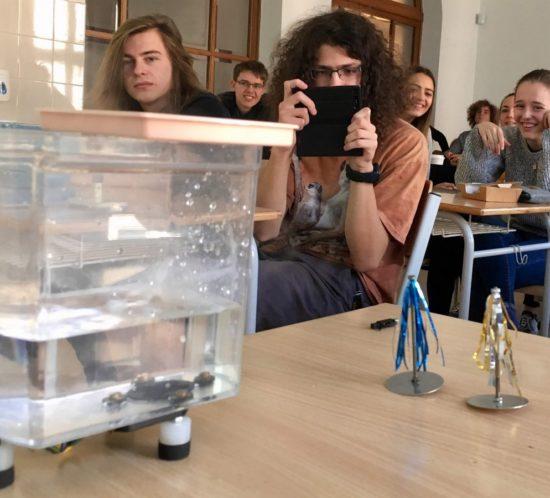 Septima aoktáva na interaktivní přednášce na katedře fyziky TUL