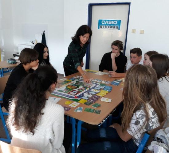 Rozvíjení finanční gramotnosti studentů I. ročníku – hra Finanční svoboda