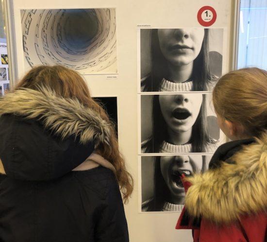 VÝSTAVA FOTOGRAFIÍ 13.ročníku studentské fotografické soutěže